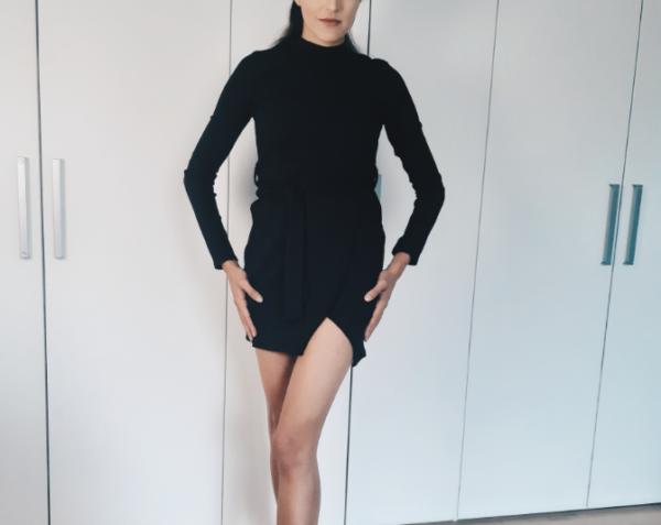 Kort zwart jurkje Femme Luxe